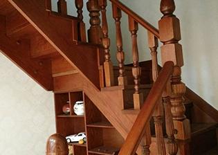 潍坊实木楼梯价格